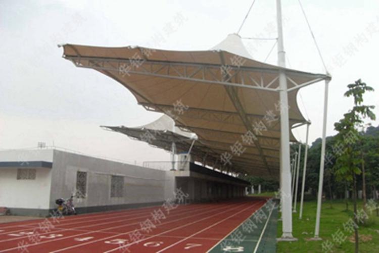 广州市玉岩中学跑道膜结构雨棚