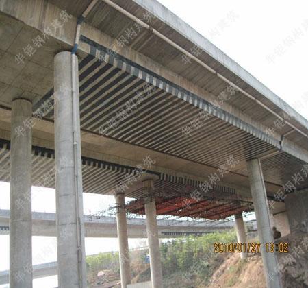 高速公路加固--碳纤维加固